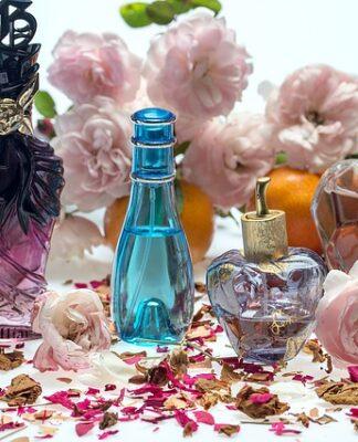 Czy szukasz producenta perfum w oryginalnych opakowaniach